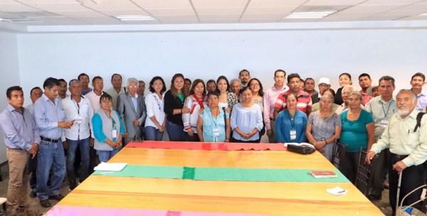 representantes de las 18 sociedades cooperativas de ahorradores