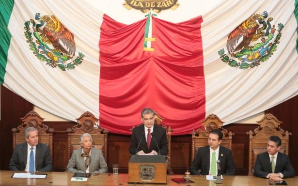 Miguel Ángel Riquelme Solís compareció ante el Pleno del H. Congreso Local