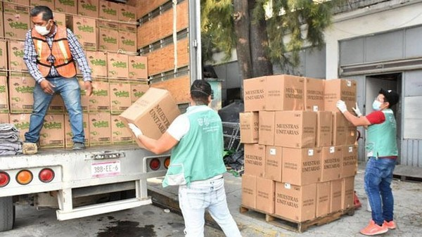 La donación fue distribuida por el personal de la Secretaría de Inclusión y Bienestar Social (SIBISO) en los CAIS: