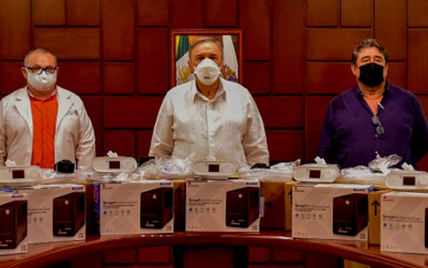 59 respiradores tipo RESPIRONICS E30, de uso hospitalario, recibió el gobernador Carlos Miguel Aysa González del presidente Ejecutivo de la Fundación Mexicana para la Salud A.C (FUNSALUD)