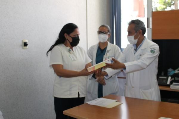 que los familiares puedan recibir información directa de los profesionales de la salud
