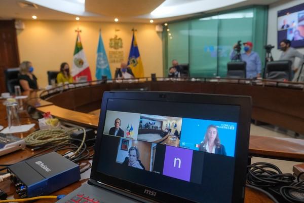 en armonía con la agenda y acuerdos internacionales en torno a la agenda de género