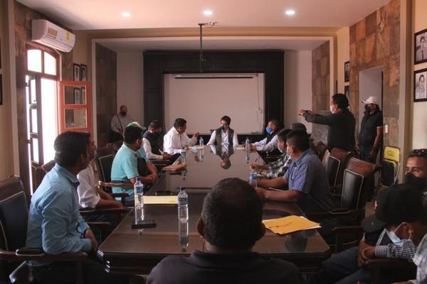 Atiende Sinfra necesidades de obra en municipios del Distrito de Zimatlán
