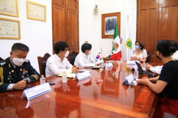 Empresas aprovecharán las ventajas competitivas y seguridad del estado: embajador Jeong-in Suh.