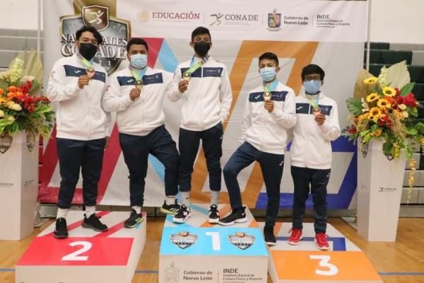 Los cinco luchadores que entraron en acción por Oaxaca se cuelgan una medalla en el estilo Libre