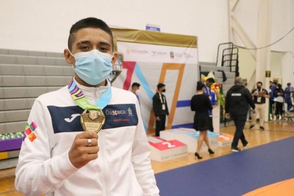 · En esta disciplina Oaxaca compitió con siete luchadores