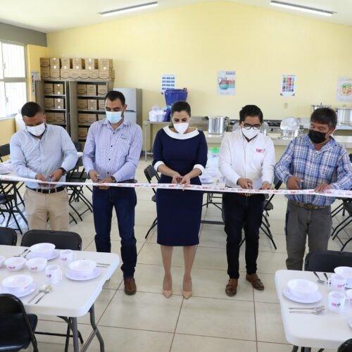 Apoyará SEDIF con canastas básicas mensualmente para la preparación de alimentos