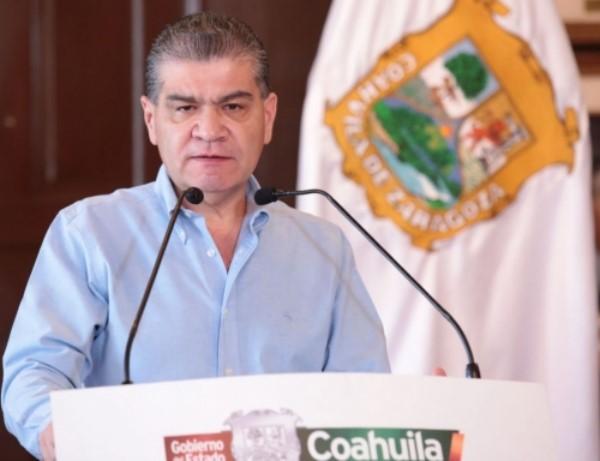 para que las familias sigan viviendo en paz, destacó el gobernador Miguel Ángel Riquelme Solís.