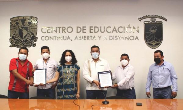 firmó una carta de intenciones con Autoridades Municipales del Distrito de Villa Sola de Vega y Candelaria Loxicha